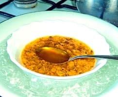 На водяной бане готовится масло из облепихи в домашних условиях — рецепт простой