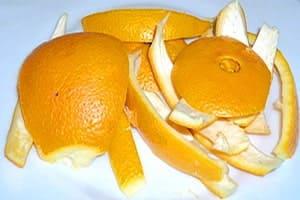 Кожура апельсина — в кожуре содержится больше полезных веществ, чем в мякоти