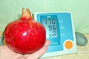Гранат — при высоком давлении его полезно употреблять, а при низком вредно, он эффективно помогает от высокого давления